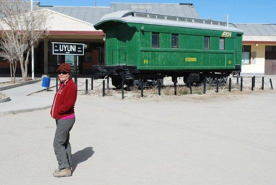 Hotel Jardines de Uyuni : Estação de trem de Uyuni