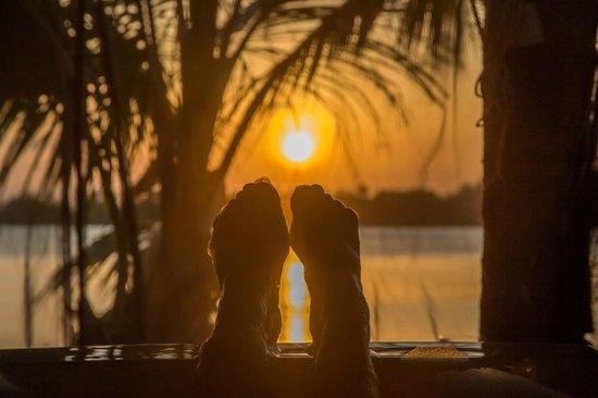 The Funzi Keys: Jacuzzi and sunset