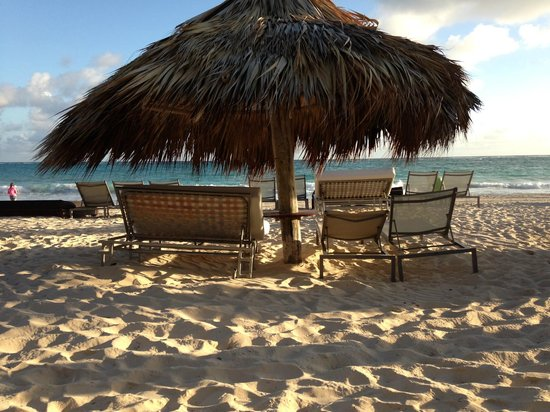 The Reserve at Paradisus Punta Cana : a ton of these on the beach to use