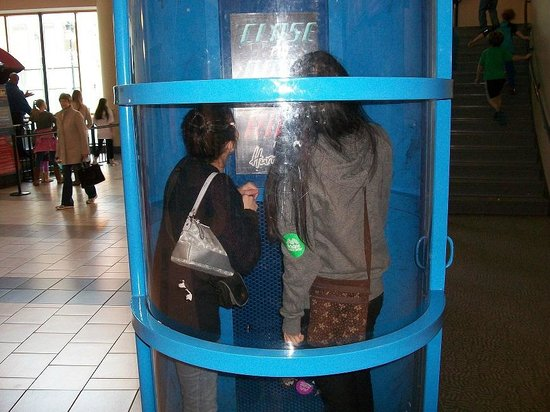 Mcwane Science Center What It S Like Inside A Hurricane This Was Outside