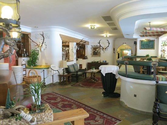 Romantik Seehotel Jägerwirt: Barbereich