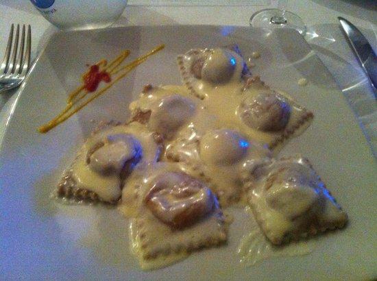 """Osteria De' Cenci: Ravioli con farina di castagno... Si è guadagnato il posto de """"il mio ultimo desiderio..."""""""