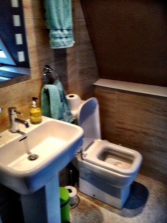 Roundhouse Hotel: Lovely, very clean little en-suite