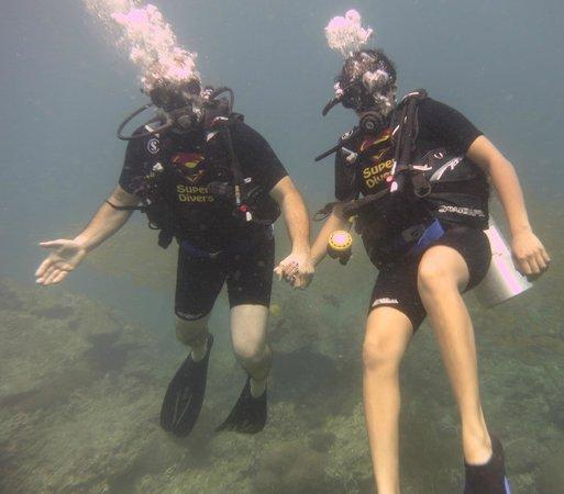 Super Divers: .