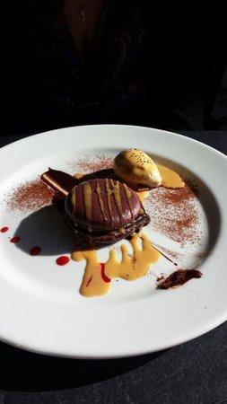 L'Atelier : Macaron moelleux et fondant au chocolat
