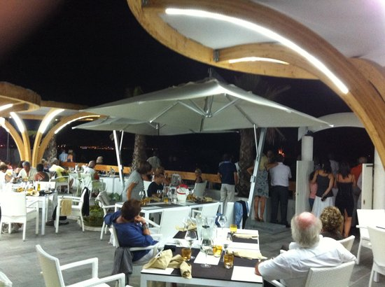 la playa picture of restaurant la playa villeneuve loubet tripadvisor. Black Bedroom Furniture Sets. Home Design Ideas