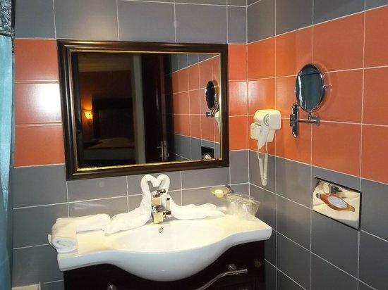Hotel & Casino César Palace : Bathroom