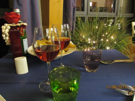 Laguna Palace Hotel: Сервировка  , ужин
