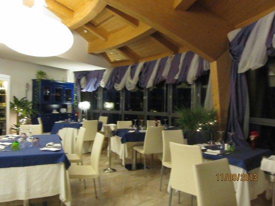 Laguna Palace Hotel: Ресторан