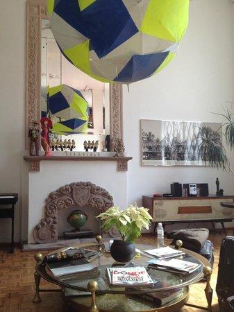 Casa Comtesse: Main Living Area