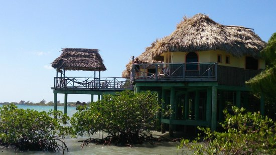 Thatch Caye Resort: Family Villa