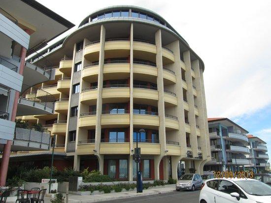 Laguna Palace Hotel: Здание отеля