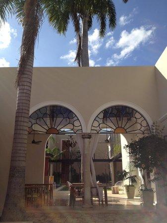 Koox Casa de las Palomas Boutique Hotel: courtyard