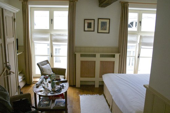 Number 11 Exclusive Guesthouse : Номер