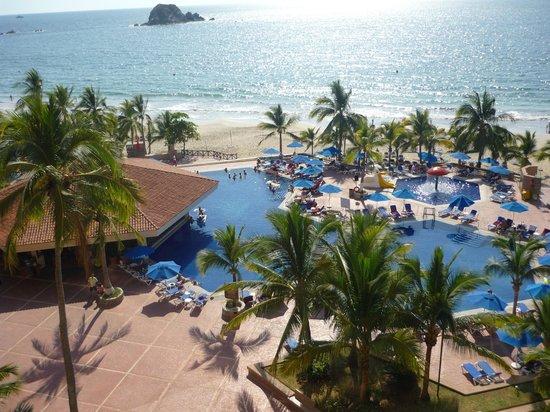 Barcelo Ixtapa : Hotel Grounds