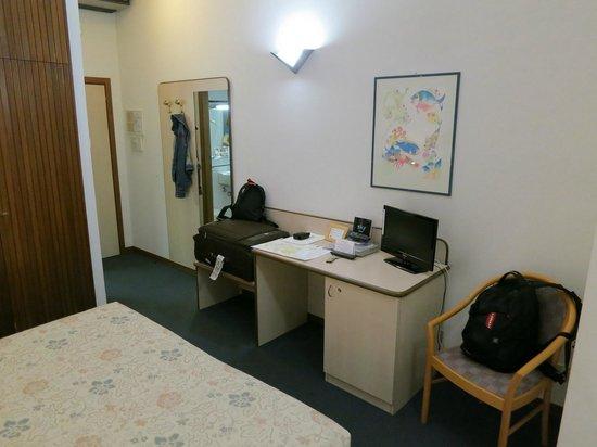 Hotel Alcide : Room