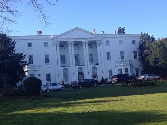 De Vere Beaumont Estate: white house
