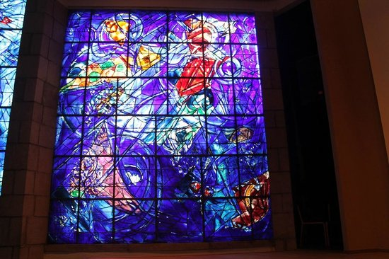 Musée Message Biblique Marc Chagall: Stained glass window designed by Chagall