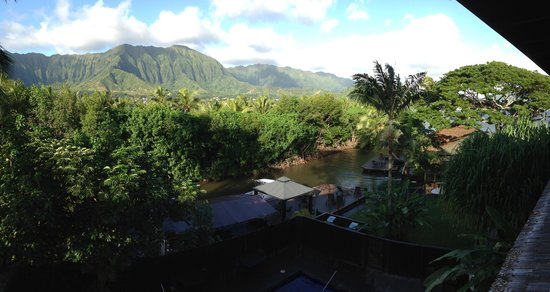 Paradise Bay Resort Hawaii: View from the breakfast area