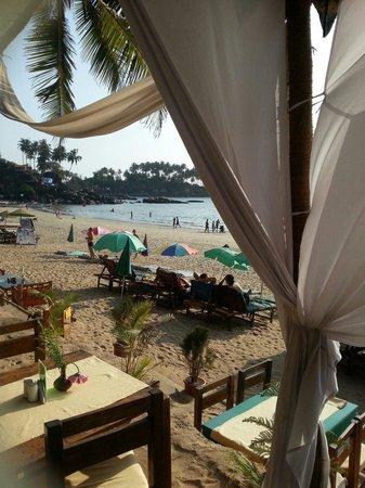Art Resort Goa: Vista dal ristorante