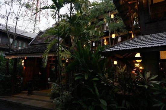 BanThai Village : Extérieur
