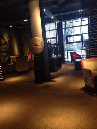 Dakota Edinburgh: The reception area