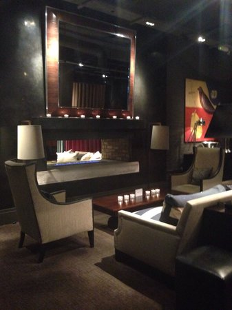 Dakota Edinburgh : Reception area