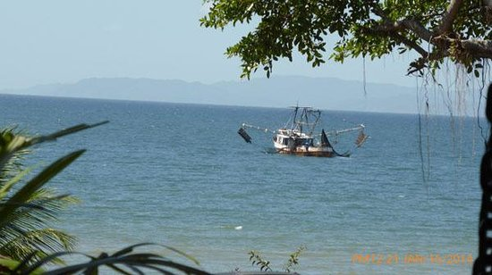 Ricky Ricardo Tours and Travels: VIEW FOR OUR INCLUDED SEASIDE RESTAURANT LUNCH