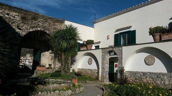 Hotel Parsifal Antico Convento del 1288 : cortile