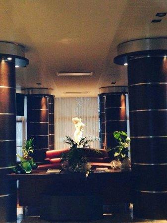 Dado Hotel International : 4