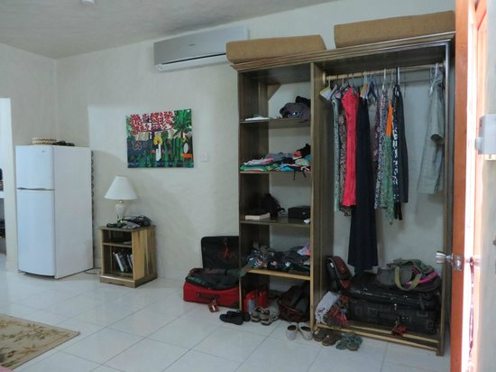 Nirvana on the Beach: Sundeck II - Plenty of closet space