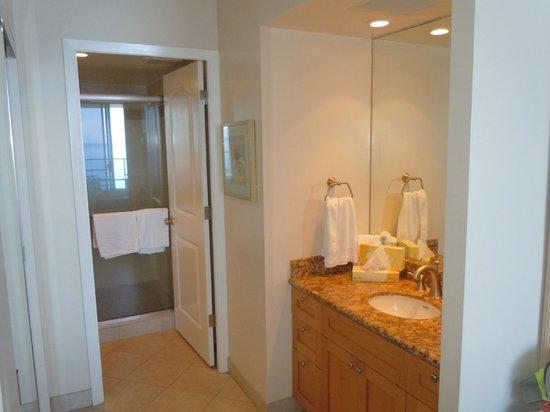 Aston Mahana at Kaanapali : bedroom bath