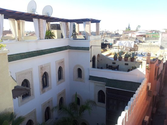 Riad Kheirredine: roof terrace