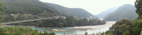 Tanizeno Tsuribashi: 谷瀬の吊り橋と十津川