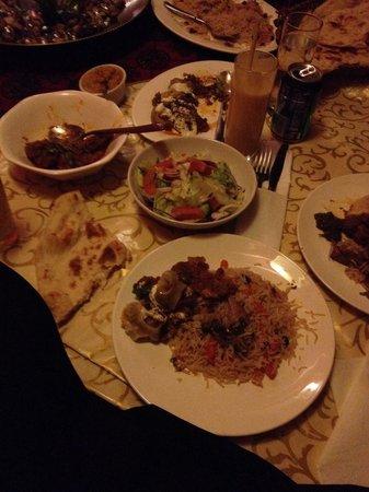 Kabul City Restaurant: Qabali Palaw... Mantu.. Banjan..