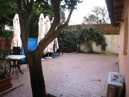 Bistrot M : il giardino sguarnito, d'inverno