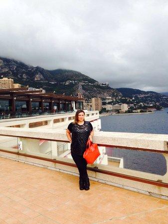 Fairmont Monte Carlo: Walkway