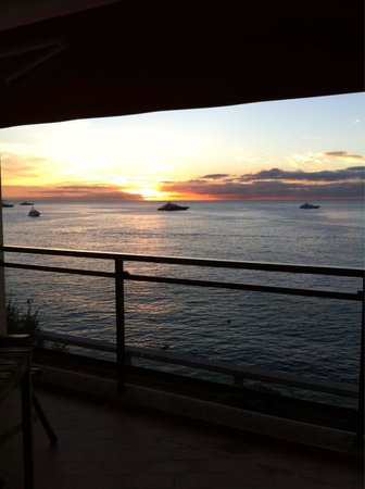 Fairmont Monte Carlo : Sunset on my balcony