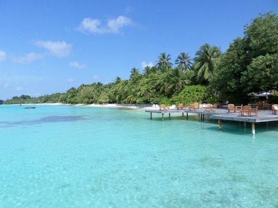 Kuramathi Island Resort: More Beach