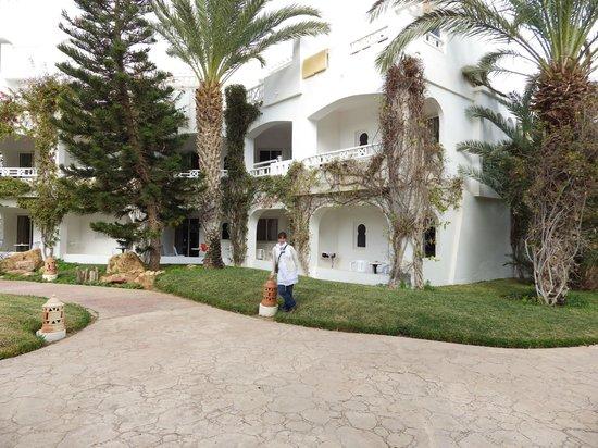 Vincci Resort Djerba : Vue de l'exterieur de la chambre
