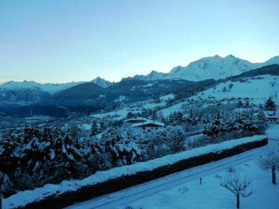 Au Coeur Des Pres: Vue côté Mont Blanc