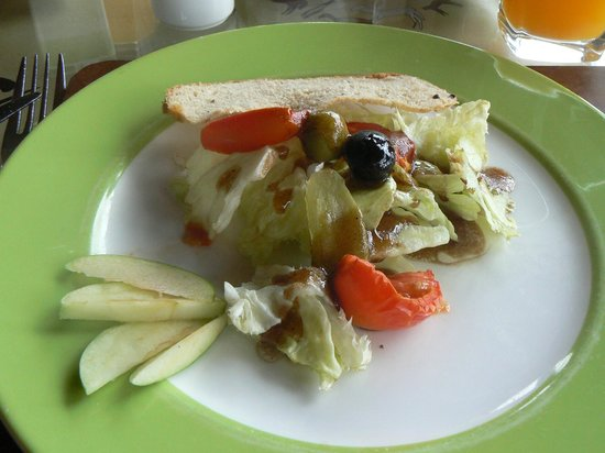 Seronera Wildlife Lodge: Salad @ Lunch