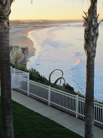 Pismo Lighthouse Suites: View from our balcony toward Pismo Beach