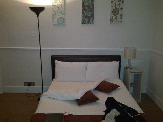 Eaton Square Hotel: 4 star room?