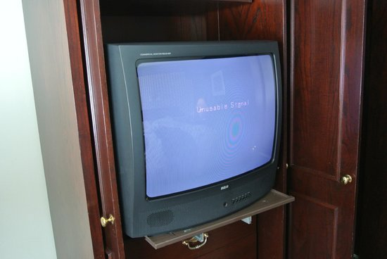 Hotel Le Bonne Entente: Very very old tv, bad quality