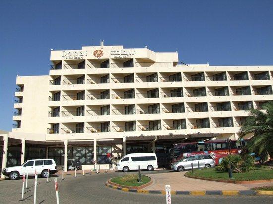 Danat Al Ain Resort : Front hotelu