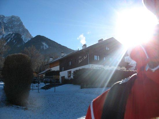 Haus Karl's Ruh: always a sunny Morning....im Hause Karl's  Ruh