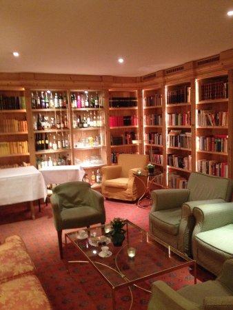 Alpenhotel Quadratscha: Salon