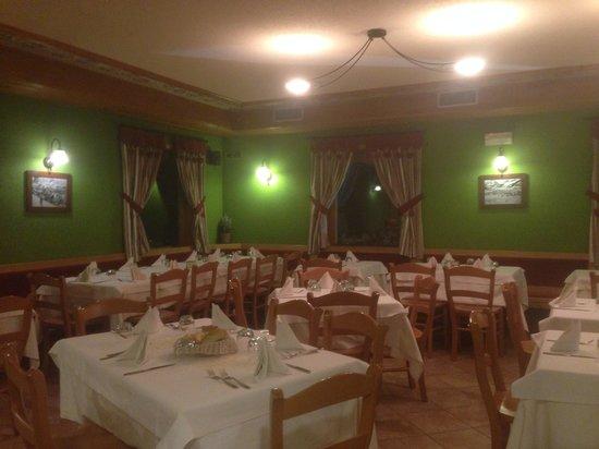 Hotel Eira: La sala ristorante