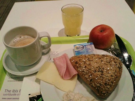 Ibis Budget Berlin Kurfurstendamm : petit-déjeuner